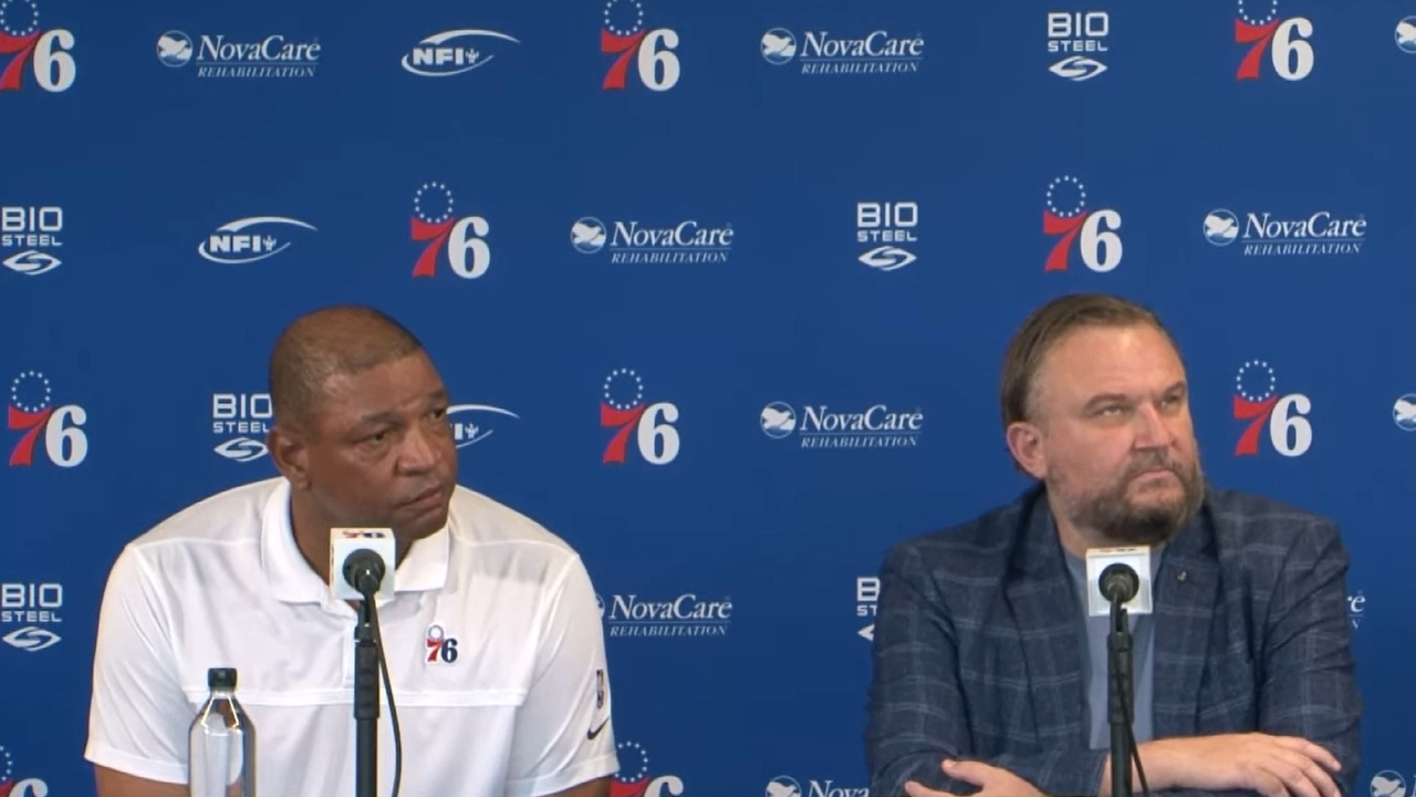 Rivers' testy exchange over Simmons question
