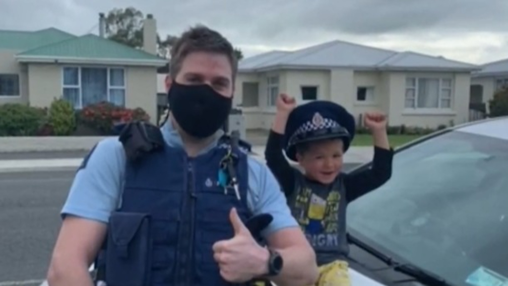 Toddler calls the police to talk about his toys