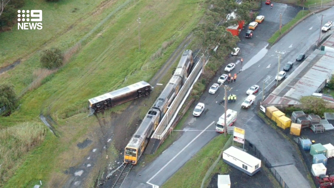 Four people hospitalised after train crash near Wollongong