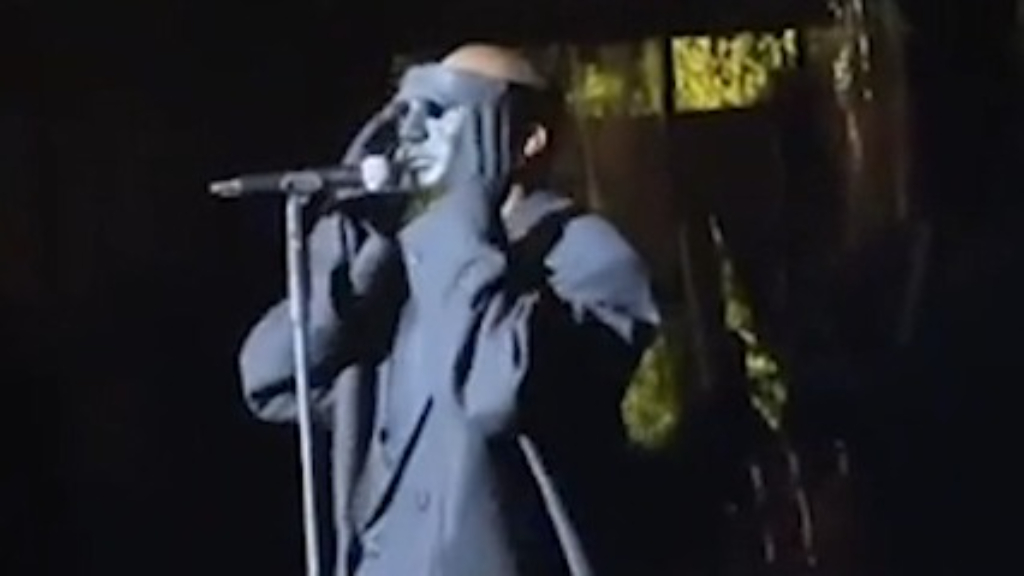 Kanye West performs 'Runaway' at wedding in Venice