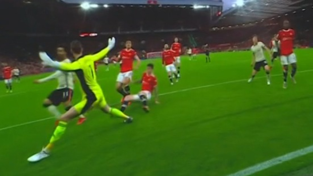 Liverpool thrashes Manchester United