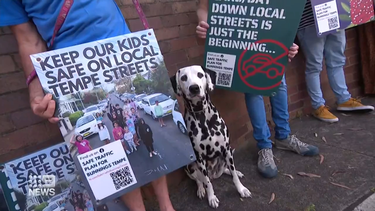 Sydney parents battle opening of new Bunnings near public school